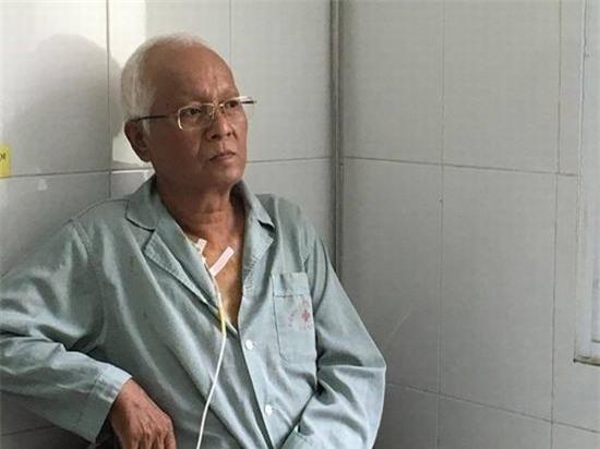 Trước đó, trong cuộc phỏng vấn vào tháng 9/2016 trên một trang báo điện tử, người nghệ sĩ kìcựu từng bày tỏ mong muốn sau khi mất ông được hiến xác cho khoa học. Nếu không, ông muốn được hỏa táng và rắc tro cốt ở nơi con sông Hồng chảy vào đất Việt. - Tin sao Viet - Tin tuc sao Viet - Scandal sao Viet - Tin tuc cua Sao - Tin cua Sao