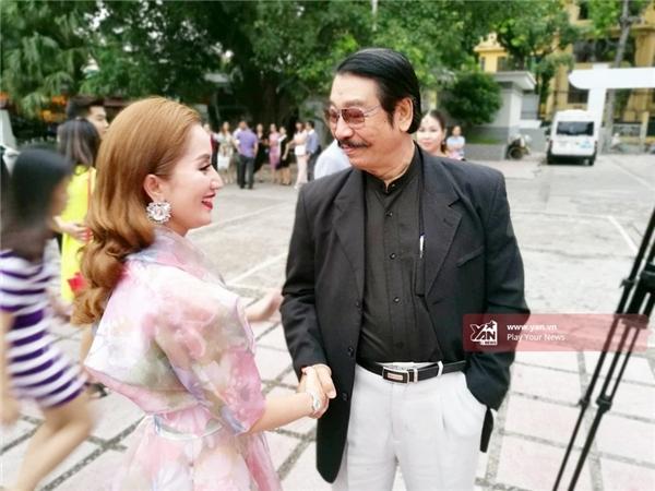 Đám cưới Chí Anh và vợ hot girl được bảo vệ nghiêm từ... vòng gửi xe - Tin sao Viet - Tin tuc sao Viet - Scandal sao Viet - Tin tuc cua Sao - Tin cua Sao
