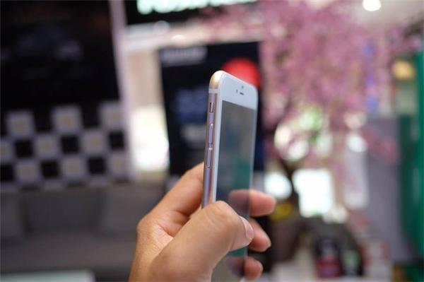 Giống với mẫu iPhone 7 chính hãng đến từng chi tiết. (Ảnh: internet)