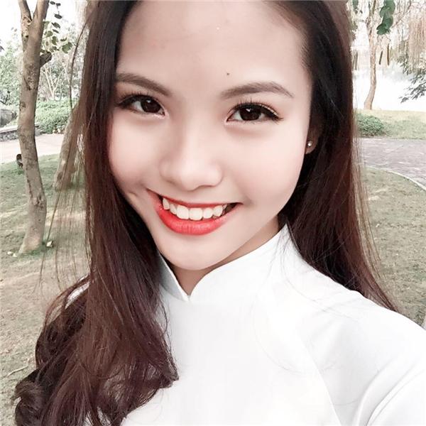 Người đẹp vừa tốt nghiệp trường THPT Việt Đức, Hà Nội. - Tin sao Viet - Tin tuc sao Viet - Scandal sao Viet - Tin tuc cua Sao - Tin cua Sao