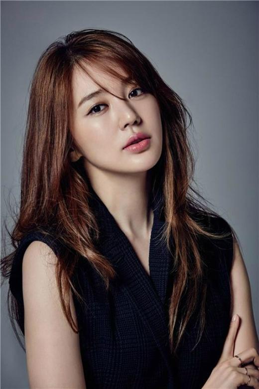 Eun Hye chia sẻ rằng côcũng khá đầu tư cho việc chăm sóc làn da của mình.