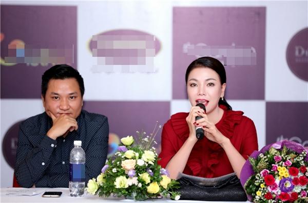 Trên ghế giám khảo, Trà Ngọc Hằng dành nhiều lời góp ý, động viên cho các thí sinh tham gia.