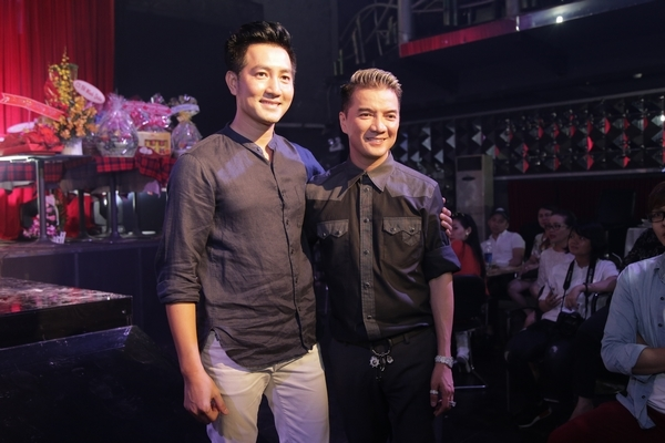 Nam ca sĩ Nguyễn Phi Hùng - Tin sao Viet - Tin tuc sao Viet - Scandal sao Viet - Tin tuc cua Sao - Tin cua Sao