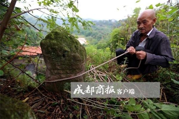 Thần Điêu Đại Hiệp phiên bản đời thực: Cặp vợ chồng già tận hưởng cuộc sống thần tiên trong hang đá suốt 54 năm