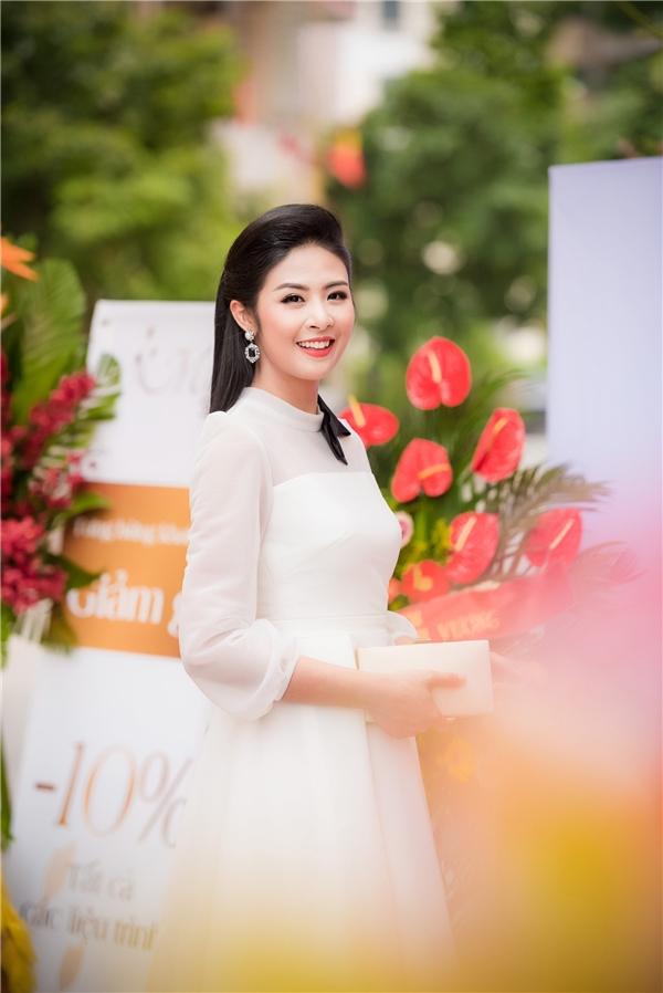 Hiện tại, Ngọc Hân đang tập trung cho công việc kinh doanh các cửa hàng thời trang. Cô cũng dành thời gian để rèn luyện các kĩ năng của một MC chuyên nghiệp.