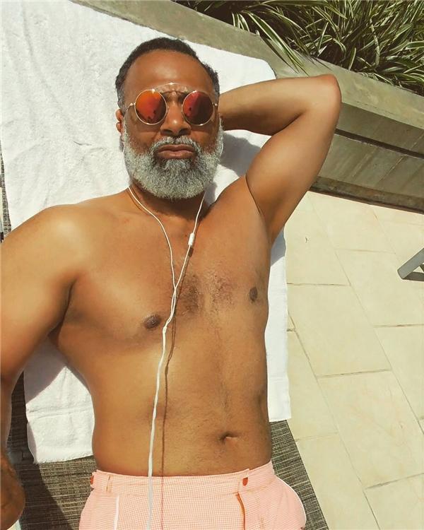 Ai mà tin được cơ thể này thuộc về một người 54 tuổi chứ?(Ảnh: Instagram)