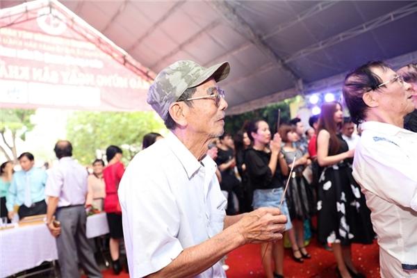 Dù đã lớn tuổi nhưng NSƯT Trần Hạnh,... - Tin sao Viet - Tin tuc sao Viet - Scandal sao Viet - Tin tuc cua Sao - Tin cua Sao