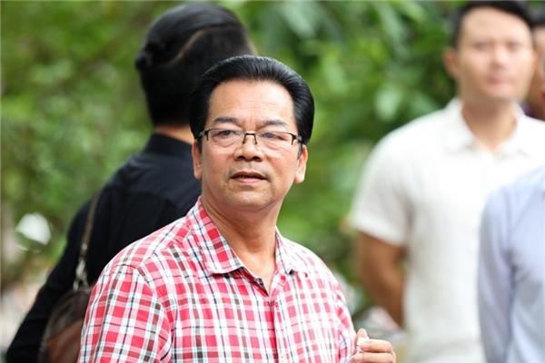 ...diễn viên Trần Nhượng cũng có mặt đúng giờ tại buổi lễ. - Tin sao Viet - Tin tuc sao Viet - Scandal sao Viet - Tin tuc cua Sao - Tin cua Sao
