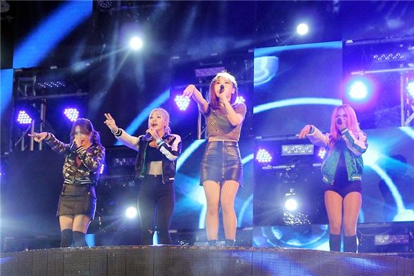 4 cô học trò của nữ ca sĩ Đông Nhi đã chứng minh được sự trưởng thành vượt bậc từ phong cách trình diễn lẫn giọng hát và vũ đạo. - Tin sao Viet - Tin tuc sao Viet - Scandal sao Viet - Tin tuc cua Sao - Tin cua Sao