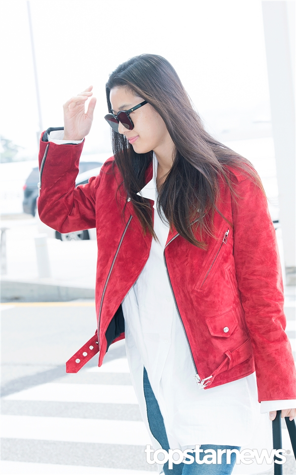 Cận cảnh vẻ ngoài xinh đẹp của Jun Ji Hyun