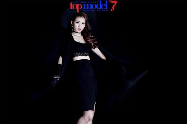 Từ một Kim Nhã ngô nghê trong buổi casting của Vietnam's Next Top Model 2016 khu vực miền Nam nay đã có những bước tiến lớn về thần thái, kỹ năng, khẳng định bản thân xứng đáng trở thành một người mẫu chuyên nghiệp.
