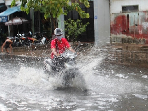 Chuyện không của riêng ai mỗi lần trời mưa đường bị ngập.