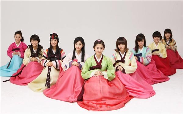 Người Hàn thường mặc Hanbok...