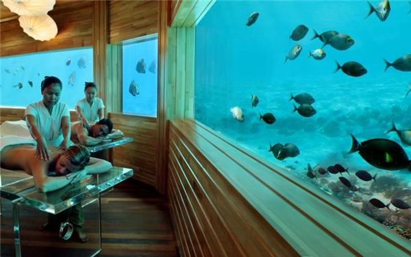 Vừa thư giãn cùng dịch vụ spa, vừa được ngắm đại dương lung linh, còn gì thích bằng?(Ảnh: Internet)