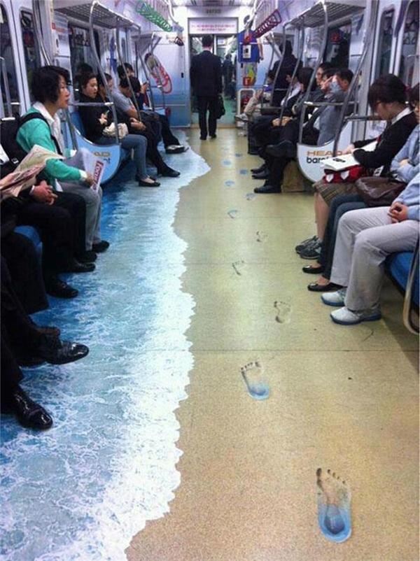 Tàu điện ngầm: Cho cảm giác êm dịu, thoải mái suốt cuộc hành trình.