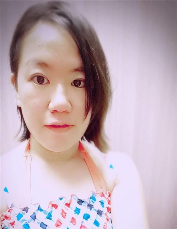 Joanna Huangtrước khi làmtóc