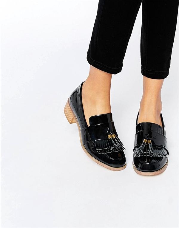 7 kiểu giày đang là hot trend bạn sẽ gặp khắp nơi mùa thu này