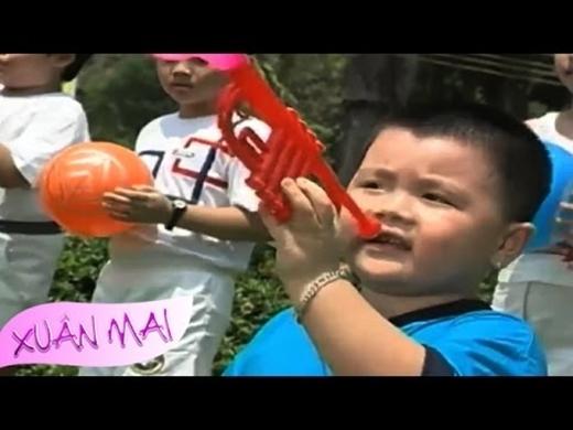 Hình ảnh đáng yêu, bụ bẫm của Rich Anh Tuấn trong các MV ca nhạc thiếu nhi.