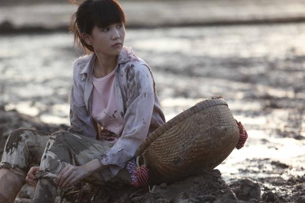 """Ngọc Trinh cũng là một trong những mỹ nhân Việt """"gây sốc"""" khi tiết lộ gia cảnh nghèo khó. - Tin sao Viet - Tin tuc sao Viet - Scandal sao Viet - Tin tuc cua Sao - Tin cua Sao"""