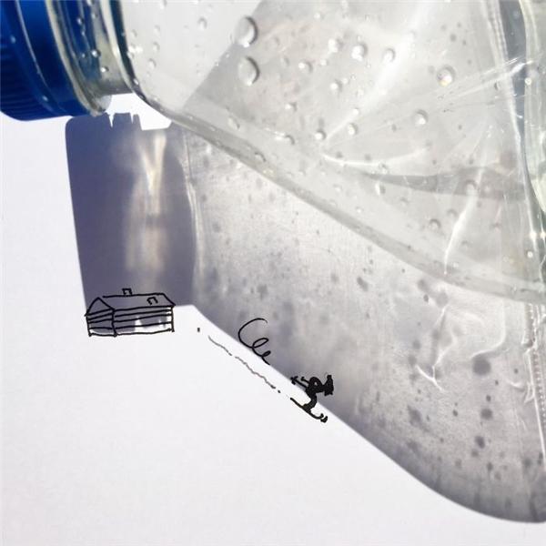 Chỉ với vỏ chai nhựa đơn giản, bạn hoàn toàn có thể tạo ra cả một sân trượt tuyết rộng lớn.
