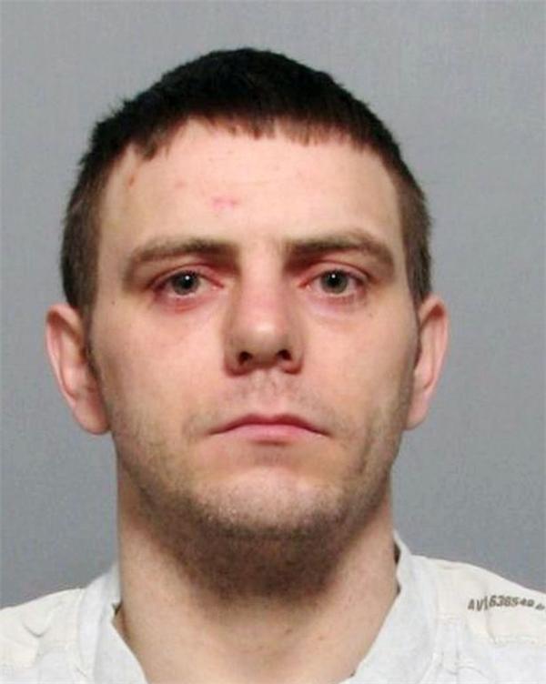 Chân dung kẻ thủ ác Jason Harrison đã tạt axit vào Adele và bị kết án 4 năm tù