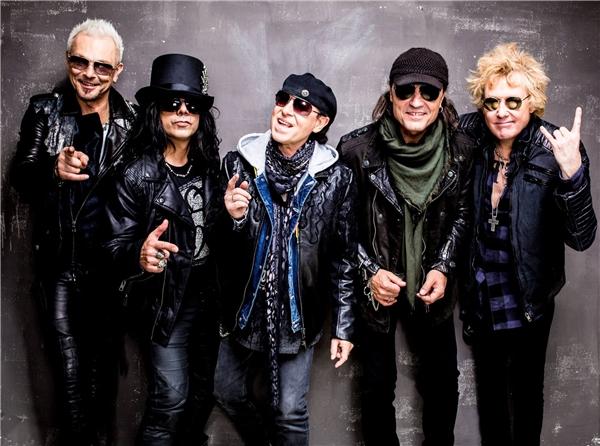 Được biết, giá vé cho một đêm nhạc của Scorpions trên thế giới đã rơi vào khoảng 100 – 200 USD, chưa tính chi phí đi lại, ăn ở.
