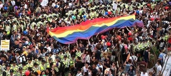 Thông quaGay Seoul Guide, bạn có thể tham gia nhiều lễ hội thú vị dành cho người đồng tính.