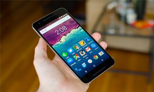 Người dự thi phải hack bất kì phiên bản nào của hệ điều hành Android 7.0 (Ảnh: internet)