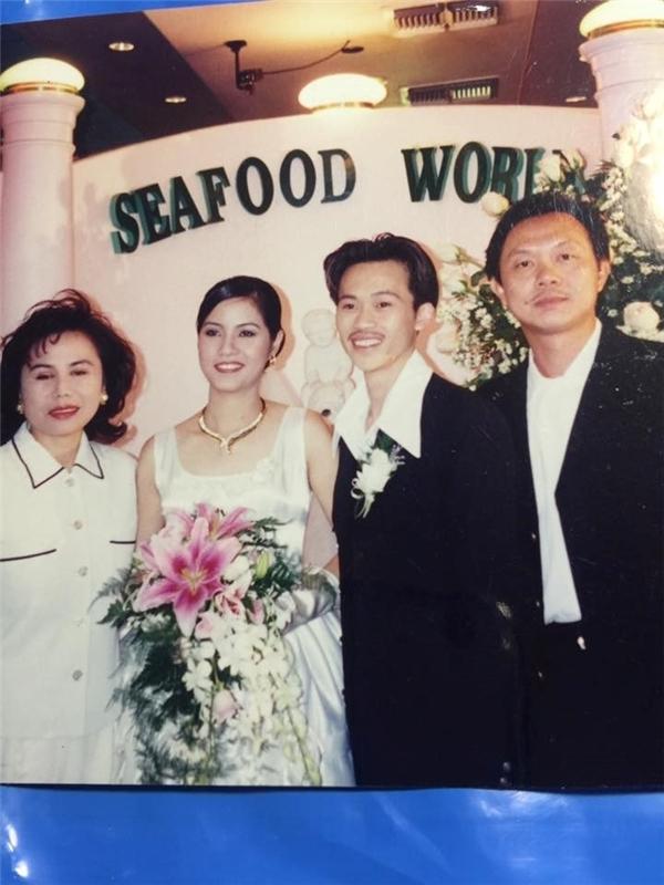 Bức ảnh cưới Hoài Linh từng bị rò rỉ khiến người hâm mộ xôn xao. - Tin sao Viet - Tin tuc sao Viet - Scandal sao Viet - Tin tuc cua Sao - Tin cua Sao