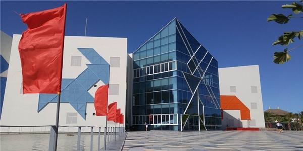 Bản quyềnkiến trúc của công trìnhấn tượng này thuộc vềcông ty thiết kế Hàn Quốc -Jina Architect. Ảnh: Đặng Minh Tú