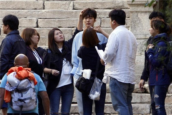 Lee Min Ho vẫn điển trai như ngày nào dù năm nay đã bước sang tuổi 30.