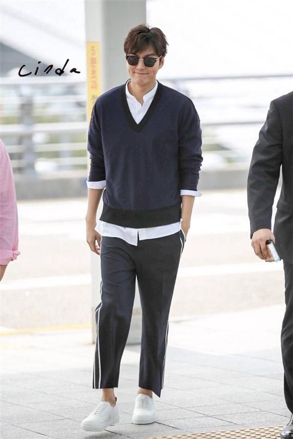 Rò rỉ hình ảnh đầu tiên trong phim mới của Lee Min Ho và Jun Ji Hyun