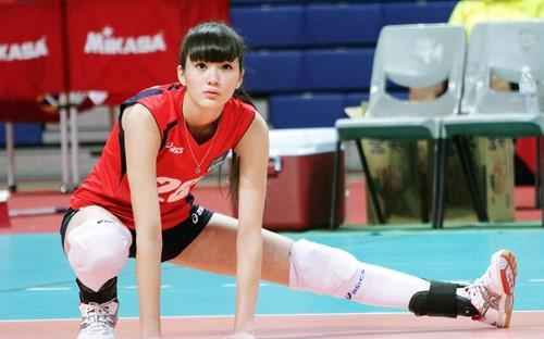 Cứ mỗi lần Sabina xuất hiện, tất cả vận động viên khác đều trở thành người vô hình.