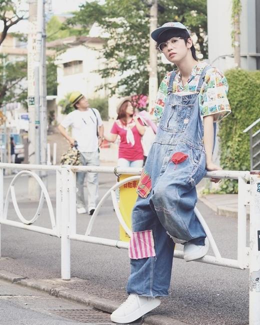 Đây đều là những trang phục secondhand nhưng qua bàn tay của Yutaro thì chúng không khác nào thời trang đắt tiền.