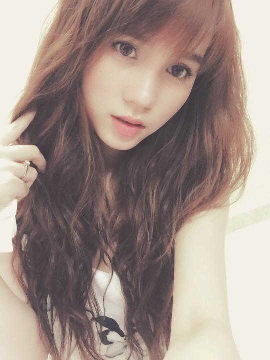 Bạn gái Hồ Gia Hùng sở hữu gương mặt khả ái, phù hợp với nét đẹp chuẩn hiện đại. - Tin sao Viet - Tin tuc sao Viet - Scandal sao Viet - Tin tuc cua Sao - Tin cua Sao