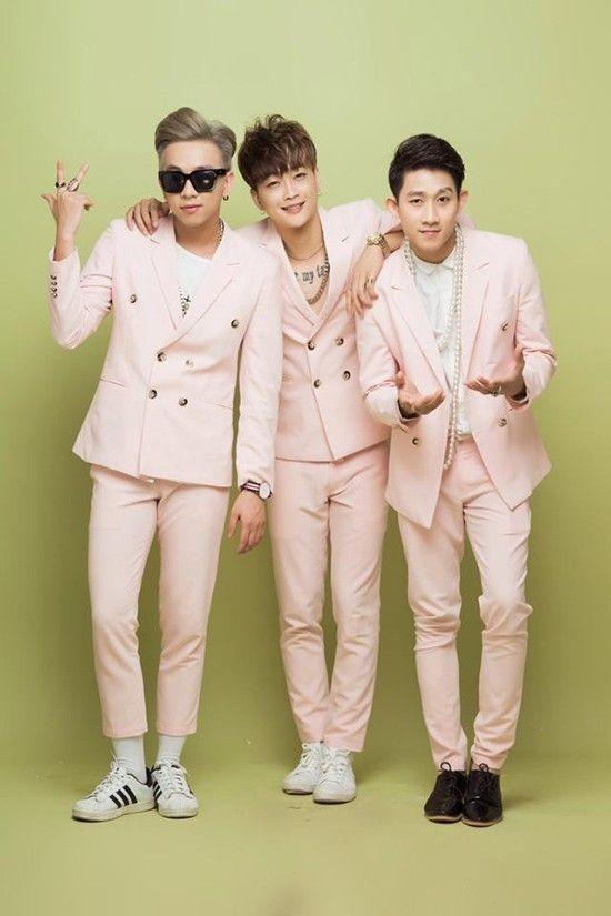 3 chàng trai HKT giờ đây đã trở thành những nam thần tượng điển trai, được nhiều ngườiyêu mến, ủng hộ. - Tin sao Viet - Tin tuc sao Viet - Scandal sao Viet - Tin tuc cua Sao - Tin cua Sao