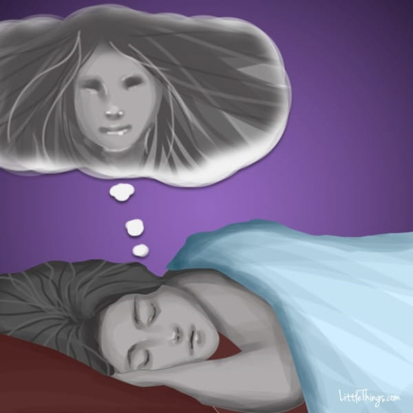 Người đã khuất thường cố gắng truyền tải hoặc nhắn nhủ điều gì đó qua việc xuất hiện trong giấc mơ của bạn.