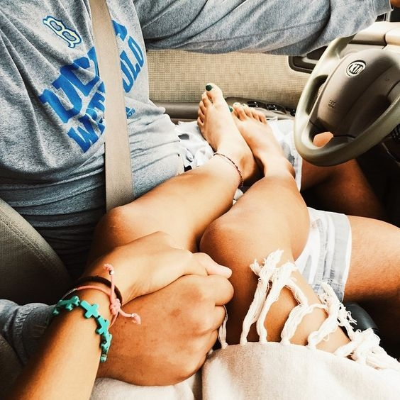 Đừng mơ tưởng về mối quan hệ hoàn hảo, mà hãy học cách yêu!