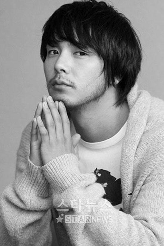 Park Yong Ha an nghỉ ở tuổi 33.