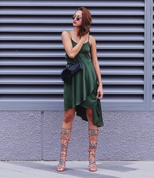 Từ sau The Face, gu thời trang khác biệt của Mai Ngô liên tục được khán giả chú ý. Cô kết hợp mọi thứ một cách ngẫu nhiên và không theo bất kì nguyên tắc nào. Nhưng lạ thay, với bất kì món trang phục nào, nữ người mẫu đều tỏa sáng bởi cô luôn biết mình đang mặc gì.