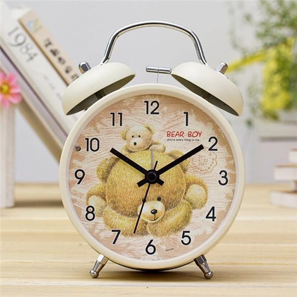 Bạn đừng quên đặt giờ báo thức cho việc ngủ nhé.