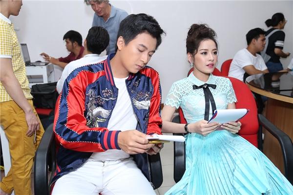 Đồng hành cùng chàng Bắp là nữ diễn viên, hot girl xinh đẹp Chi Pu. - Tin sao Viet - Tin tuc sao Viet - Scandal sao Viet - Tin tuc cua Sao - Tin cua Sao