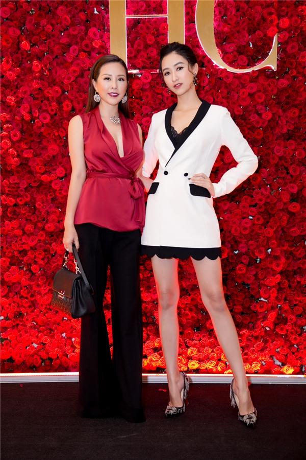 Ở U40, Hoa hậu Thu Hoài vẫn khiến nhiều đàn em ghen tị