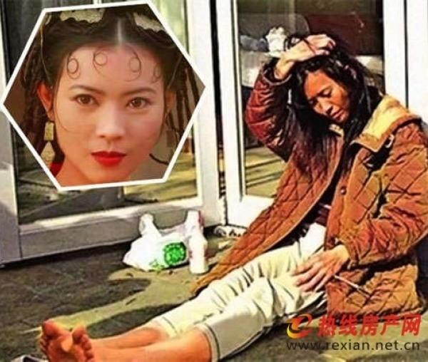 """""""Khùng khùng, điên điên và suốt ngày say xỉn"""" là cụm từ mà báo chí Hoa ngữ miêu tả về Lam Khiết Anh một thời lừng lẫy."""