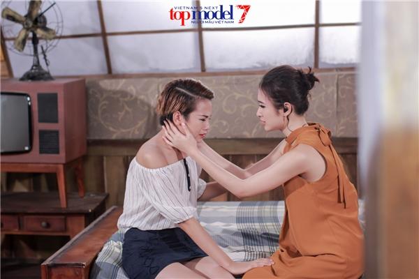 Trong phần thi phụ, các thí sinh tham gia diễn xuất với Angela Phương Trinh với hàng loạt tình huống khó khăn buộc các chàng trai, cô gái phải nhanh chóng xử lí, ứng biến để có được cái kết tròn vẹn.