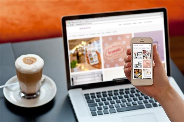 Macbook và iPhone là sự kết hợp tuyệt vời. (Ảnh: internet)