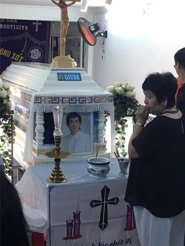 Đám tang của Minh Thuận - Tin sao Viet - Tin tuc sao Viet - Scandal sao Viet - Tin tuc cua Sao - Tin cua Sao