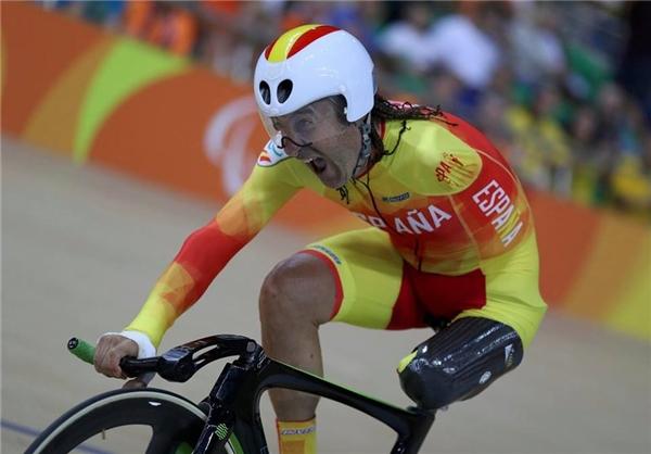 Juan José Méndez Fernández, VĐV người Tây Ban Nha nỗ lực hết mình thi đấu cho nội dung đua xe đạp 1000m nam. (Ảnh:Ueslei Marcelino)