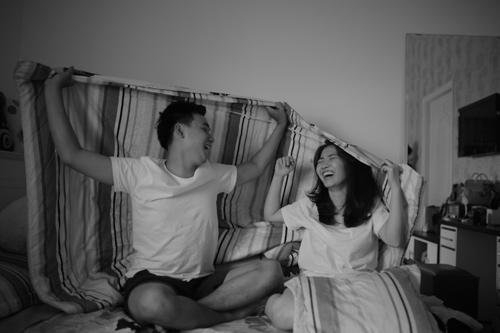 Cả hai cũng từng cùng nhau làm Clip Chung một nhà kỷ niệm một năm yêu nhau được nhiều người ủng hộ. (Ảnh FBNV)