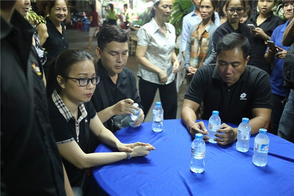 """Cẩm Ly run tay khi viết lời chia tay """"anh Điệp"""" Minh Thuận - Tin sao Viet - Tin tuc sao Viet - Scandal sao Viet - Tin tuc cua Sao - Tin cua Sao"""
